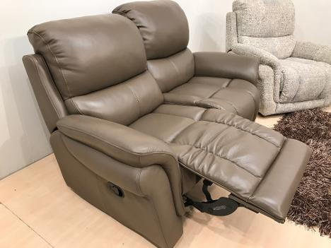 The most comfortable sit possible is achieved by pocket sprung and multilayered foam interiors along with lumbar support and a ... & Natuzzi-clearance-stock islam-shia.org
